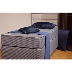 Bonnisen Bed Set