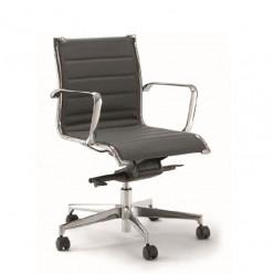Q1 Dekora Chair