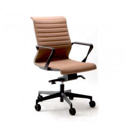 Q3 Dynamic Swivel Chair