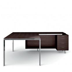 Q7 Executive Desk